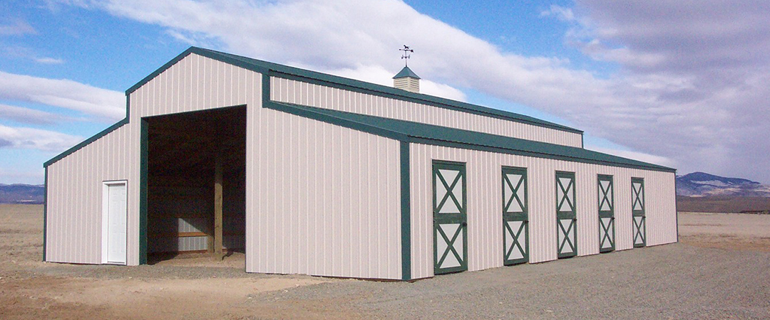 custom built horse barns